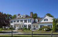 Classic Georgian Colonial Mansion In Sudbury, MA