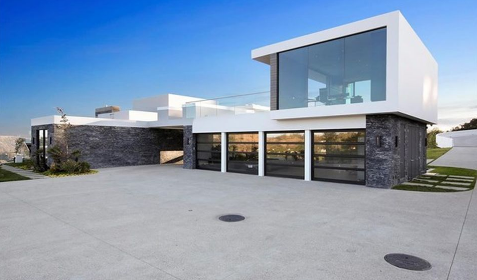 25 Million Newly Built Modern Mansion In Beverly Hills CA
