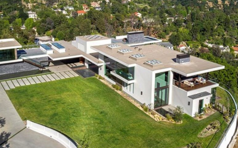 $25 Million Newly Built Modern Mansion In Beverly Hills, CA