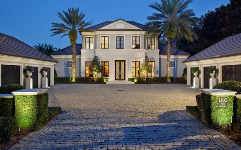 $8.9 Million Lakefront Estate In Winter Park, FL