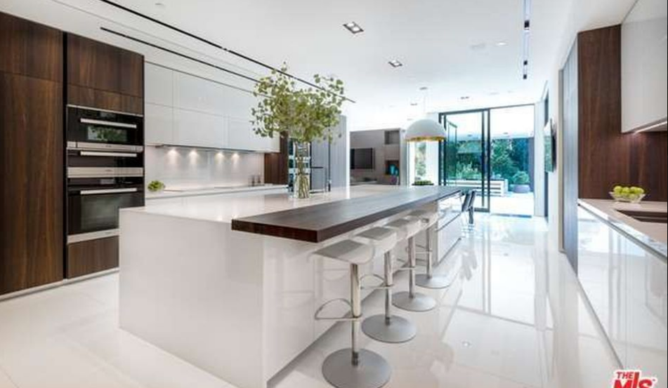 43 9 Million Newly Built Modern Mansion In Beverly Hills