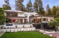 $43.9 Million Newly Built Modern Mansion In Beverly Hills, CA