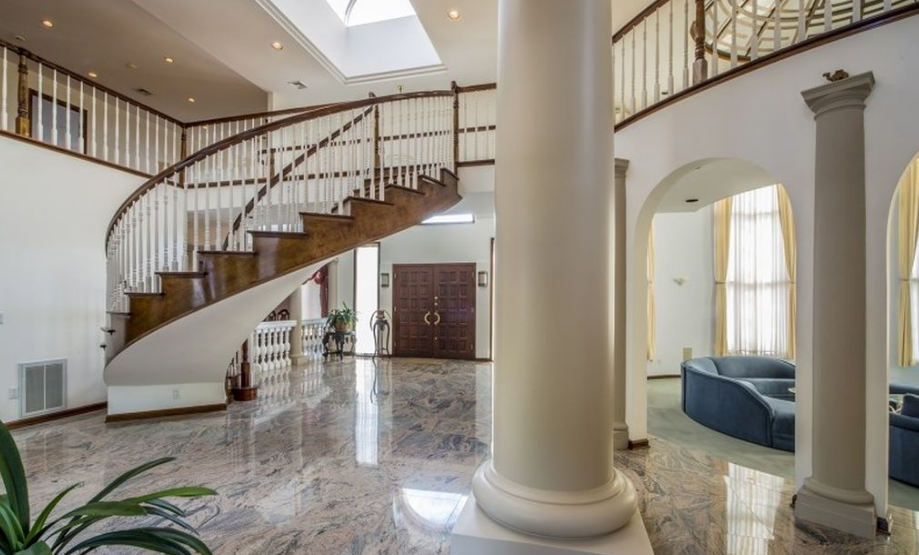 10 000 square foot mansion in livingston nj with indoor for 35 mansion terrace cranford nj
