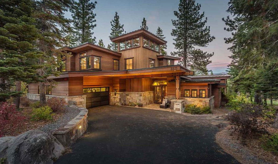 $4.295 Million Wood & Stone Home In Truckee, CA