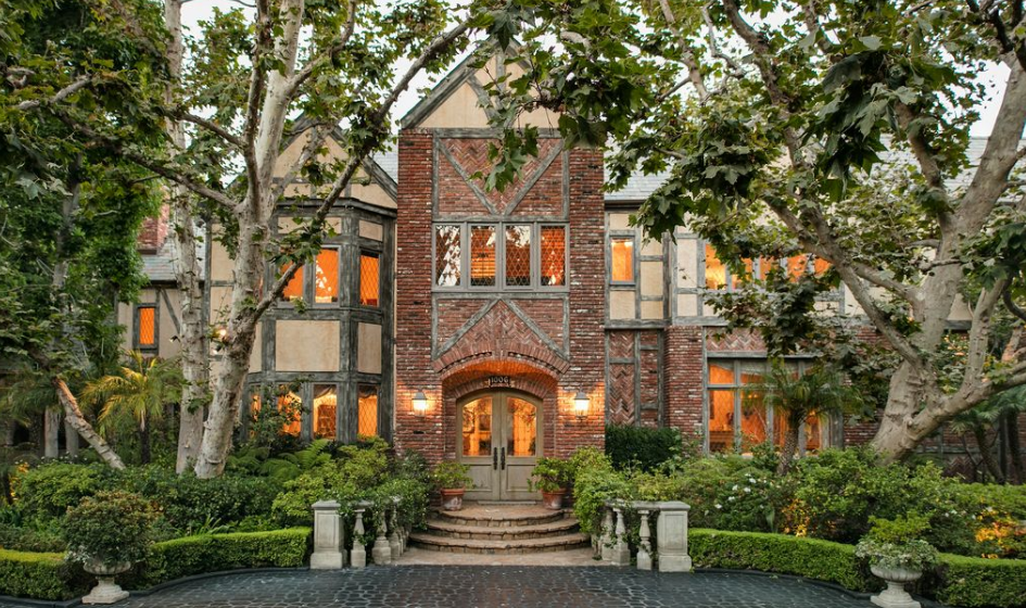The Harry Warner Estate In Beverly Hills, CA