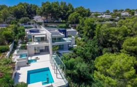 €18.5 Million Newly Built Modern Villa In Mallorca, Spain