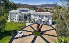 15,000 Square Foot Mansion In Calabasas, CA