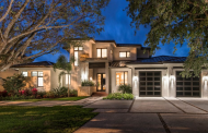 $3.175 Million Contemporary Waterfront Home In Naples, FL