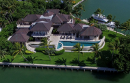 $39 Million Waterfront Mansion In Key Biscayne, FL