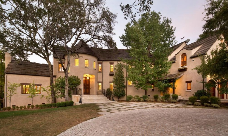$12.9 Million French Inspired Estate In Woodside, CA