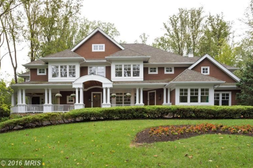$2.9 Million Craftsman Home In McLean, VA