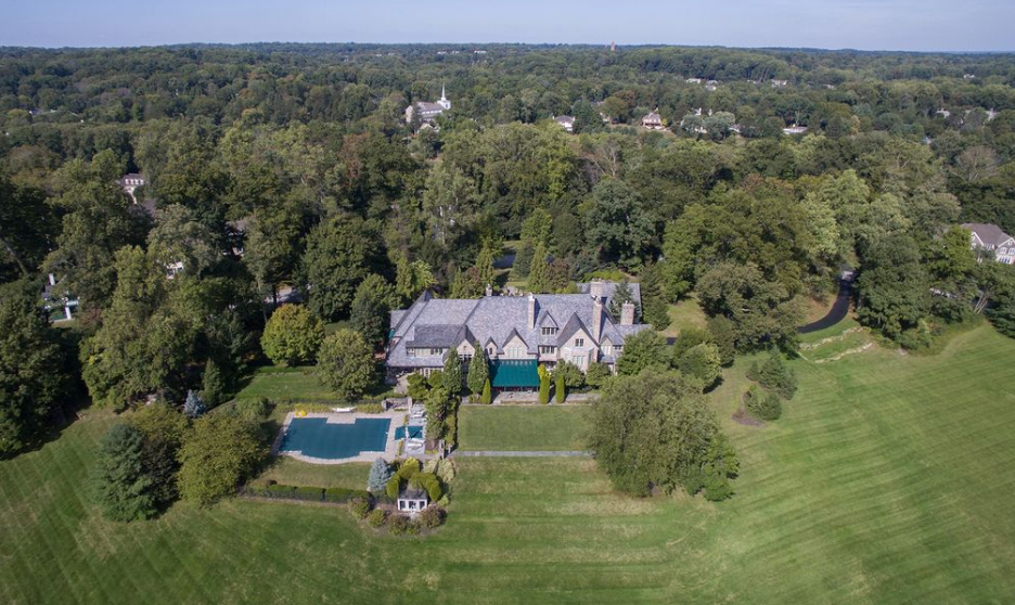 4 Car Garage >> 11,000 Square Foot English Manor In Newtown Square, PA ...