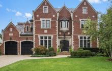 $2.9 Million Brick & Limestone Home In Kenilworth, IL