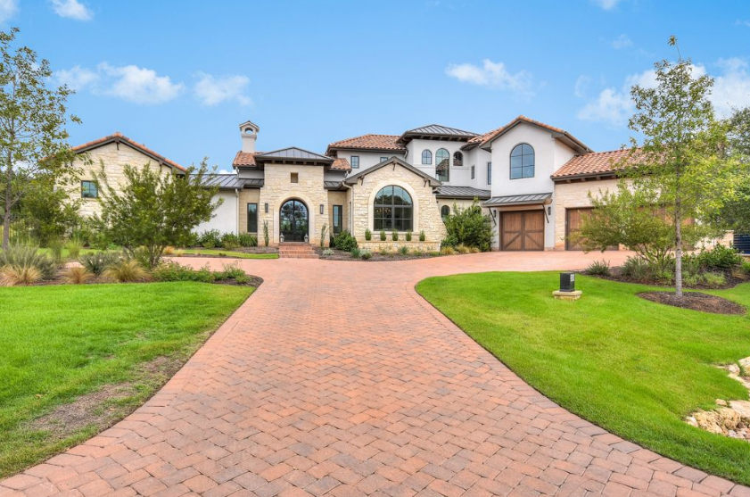 $3.5 Million Golf Club Home In Austin, TX