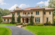 $2.995 Million Stucco Home In New Vernon, NJ