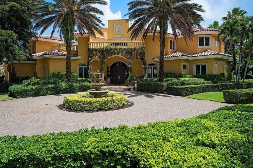 $5.495 Million Mediterranean Home In Naples, FL