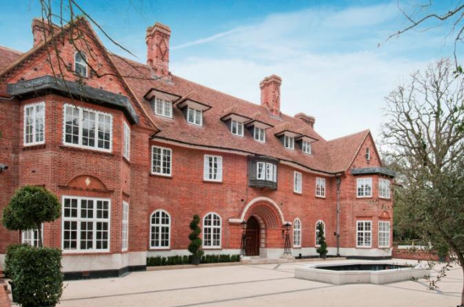 Justin bieber renting 27000 square foot london mega mansion