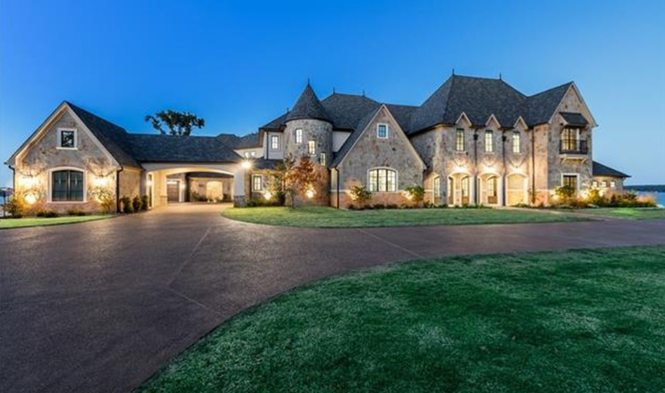 Newly Built European Inspired Lakefront Mansion In Chandler, TX