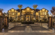 $2.675 Million Stucco Mansion In Las Vegas, NV