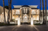 $3.895 Million Stucco Mansion In Paradise Valley, AZ