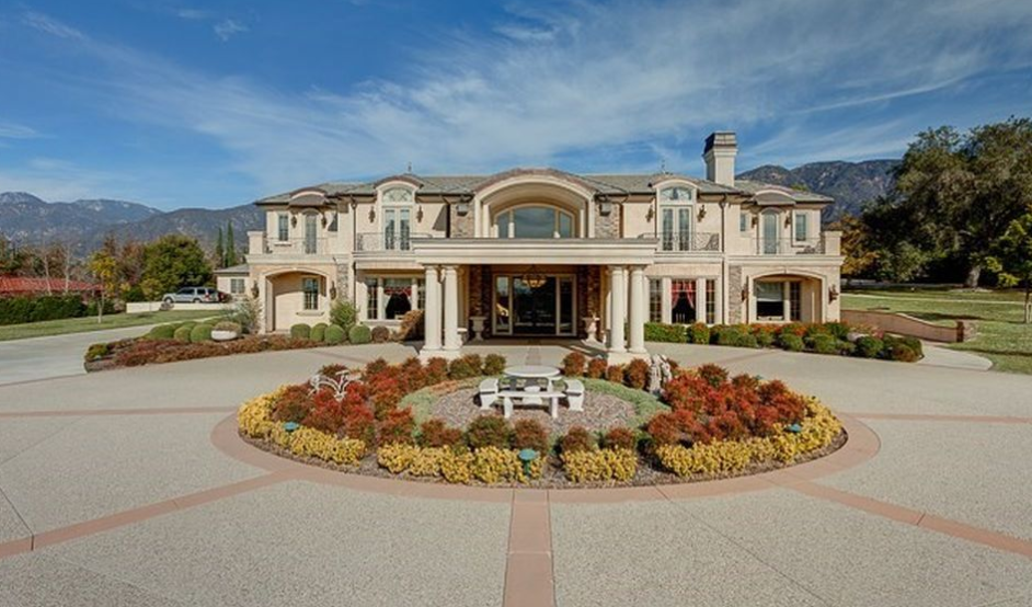 $18 Million Gated Estate In Bradbury, CA Re-Listed