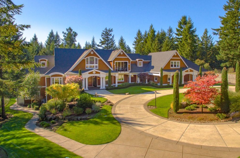 Verdant House – A 10,000 Square Foot Mansion In West Linn, OR