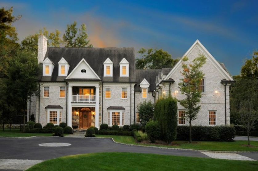 $4 Million Brick Colonial Home In Greenwich, CT