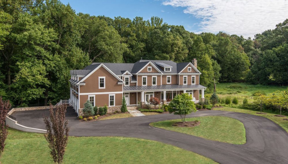 $1.5 Million Newly Built Colonial Home In Great Falls, VA