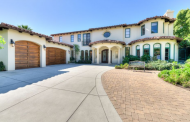 $3.995 Million Stucco Home In Pacific Palisades, CA