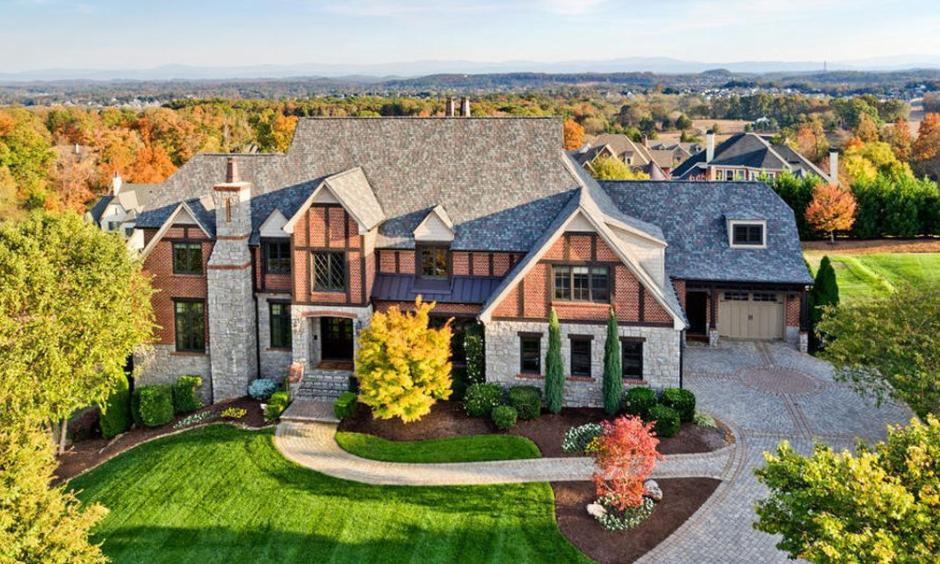 $1.95 Million Tudor Mansion In Knoxville, TN