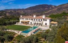 La Vie en Rose – A $27 Million Mediterranen Mansion In Malibu, CA