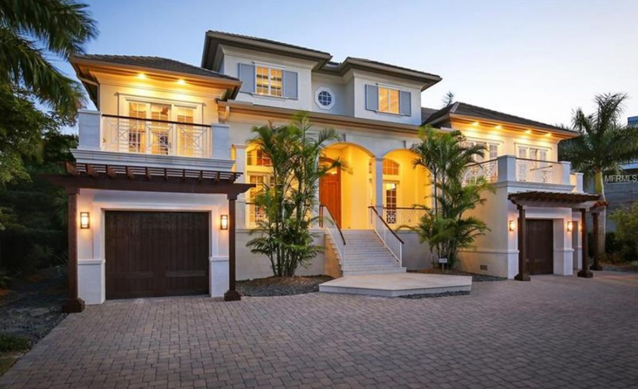 $2.8 Million Home In Sarasota, FL