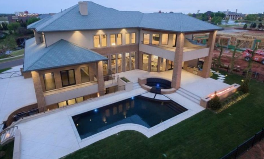 10 000 Square Foot Newly Built Mansion In Oklahoma City