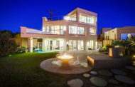 $3.599 Million Contemporary Oceanfront Home In San Diego, CA