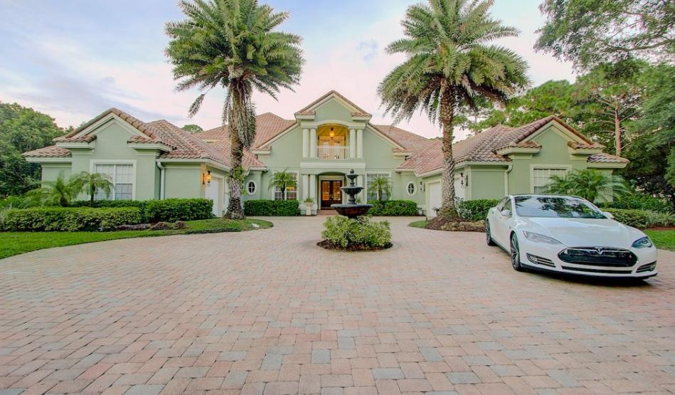 $2 Million Country Club Mansion In Osprey, FL