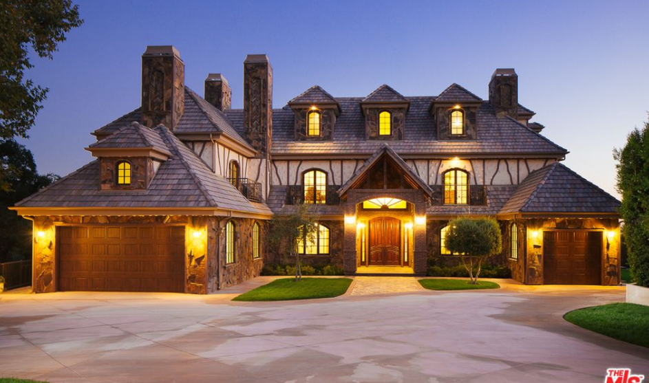 4 Car Garage >> 11,000 Square Foot Mansion In Pasadena, CA | Homes of the Rich