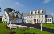 $4.5 Million Colonial Home In Avon, CT