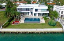 $13.1 Million Modern Waterfront Home In Key Biscayne, FL