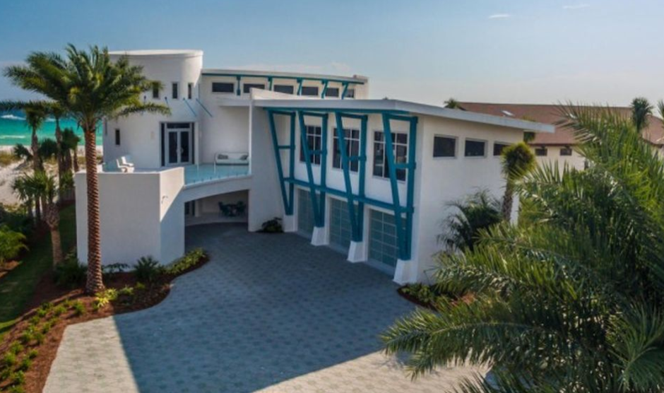 9 8 Million Newly Built Beachfront Mansion In Destin Fl Homes Of The Rich