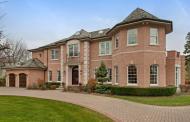 $2.899 Million Brick Home In Glencoe, IL