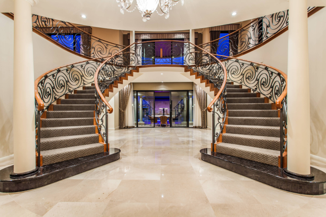 Picture of: 8 Beautiful Double Staircases Homes Of The Rich