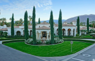 $3.495 Million Mediterranean Compound In Rancho Mirage, CA