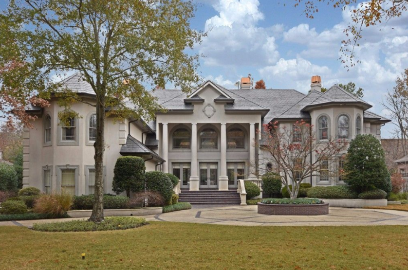 10 000 square foot stucco mansion in memphis tn homes for House plans nashville tn