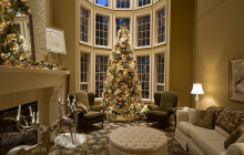 A Look At 12 Rooms Beautifully Decorated For Christmas