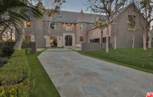 $10.9 Million Remodeled Mansion In Los Angeles, CA