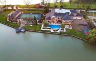 $6.5 Million Lakefront Estate In Sugar Land, TX
