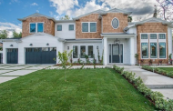 $3.495 Million Newly Built Cape Cod Style Home In Tarzana, CA