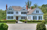 $3.395 Million Colonial Home In Darien, CT