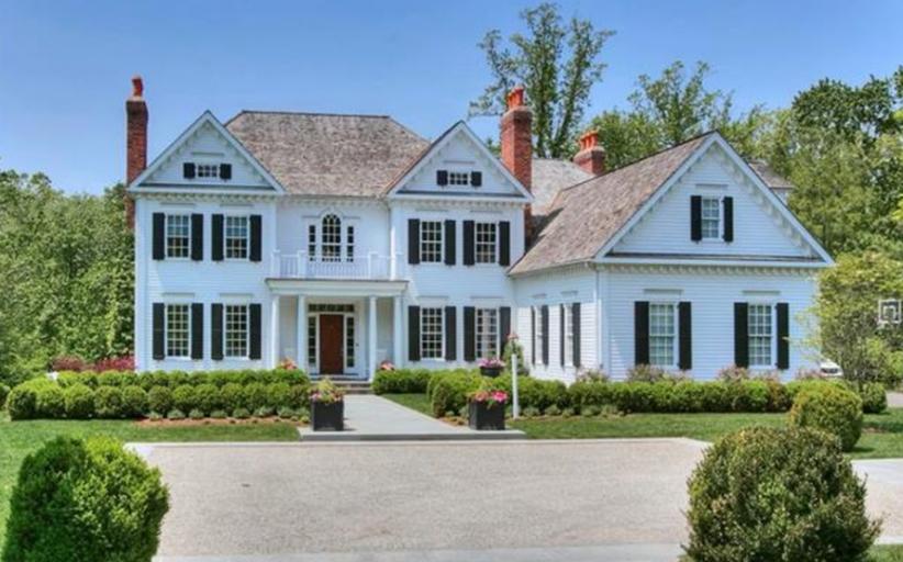 $3.395 Million Colonial Home In Darien, CT