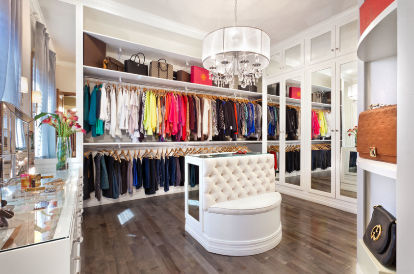 20 Lavish Walk-In Closets